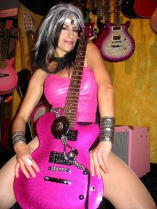 Cookie_Cutter_Girl_Pop_Superhero_with_Super_Belt_&_Magic_Guitar